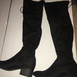 Shoes - SM New York size 7 thigh high boots